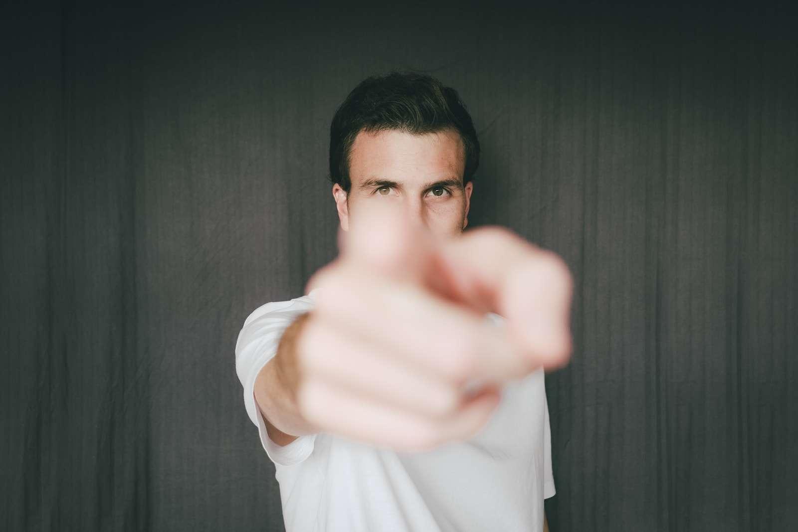 Pointed Finger Mediation